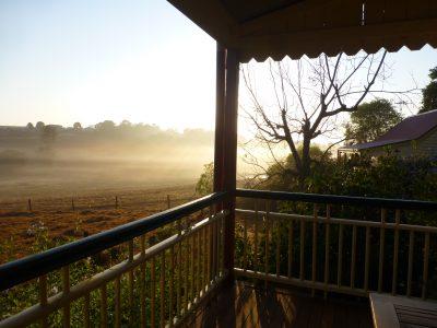 fogg morn, cott, rail, dam - long